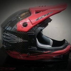 dh helmet red